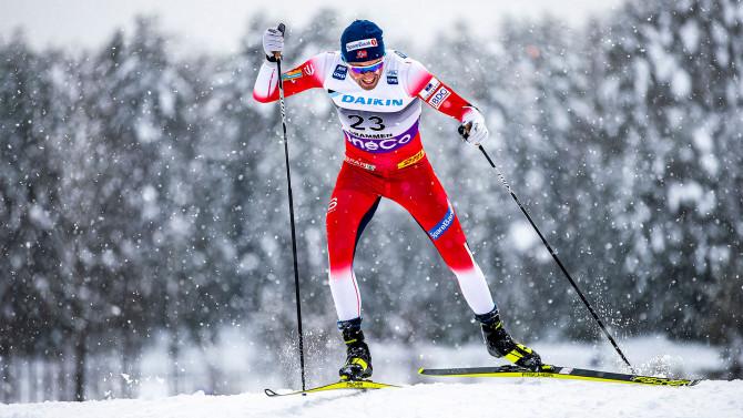 Первая медаль российских лыжников в сезоне. Наталья Непряева взяла бронзу в финском Куусамо
