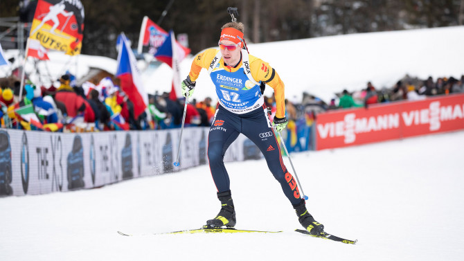 French relay teams win mixed competitions